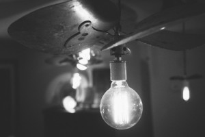 idea-light-bulb-lights-4749-525x350